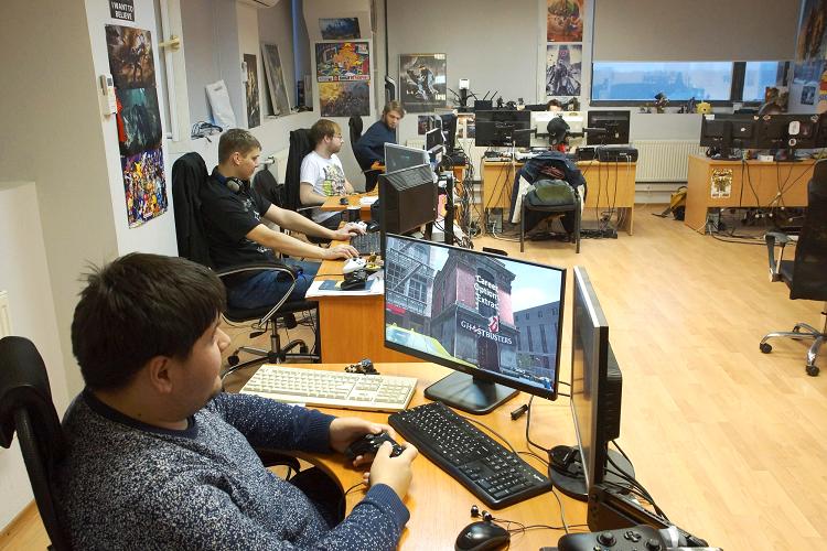 Saber Interactive の品質保証チーム